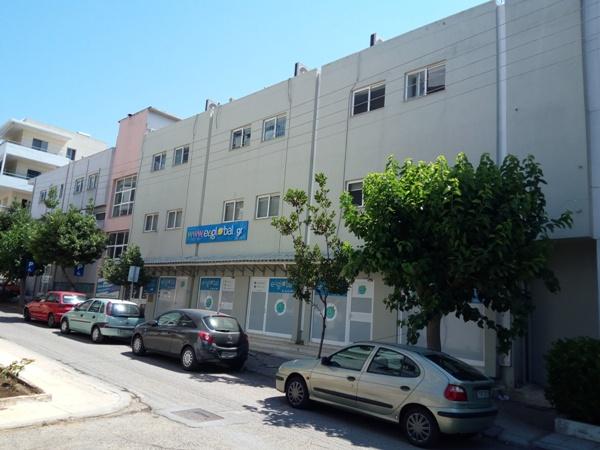 ΠΥΡΓΟΣ Επαγγελματικό τριώροφο κτίριο 1014,60τμ