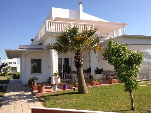 ΚΥΛΛΗΝΗ διώροφη μονοκατοικία 120τμ με πισίνα και θέα θάλασσα